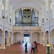 Kirchenraum frei ohne Bestuhlung