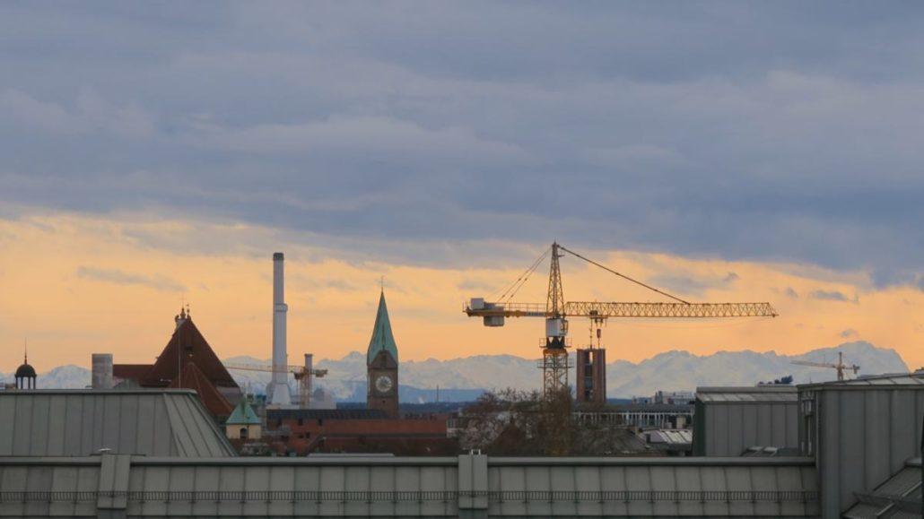 Turm Markuskirche Blick Alpen